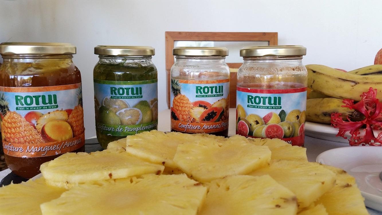 https://tahititourisme.fr/wp-content/uploads/2017/07/buffet-petit-déjeuner-bis.jpg