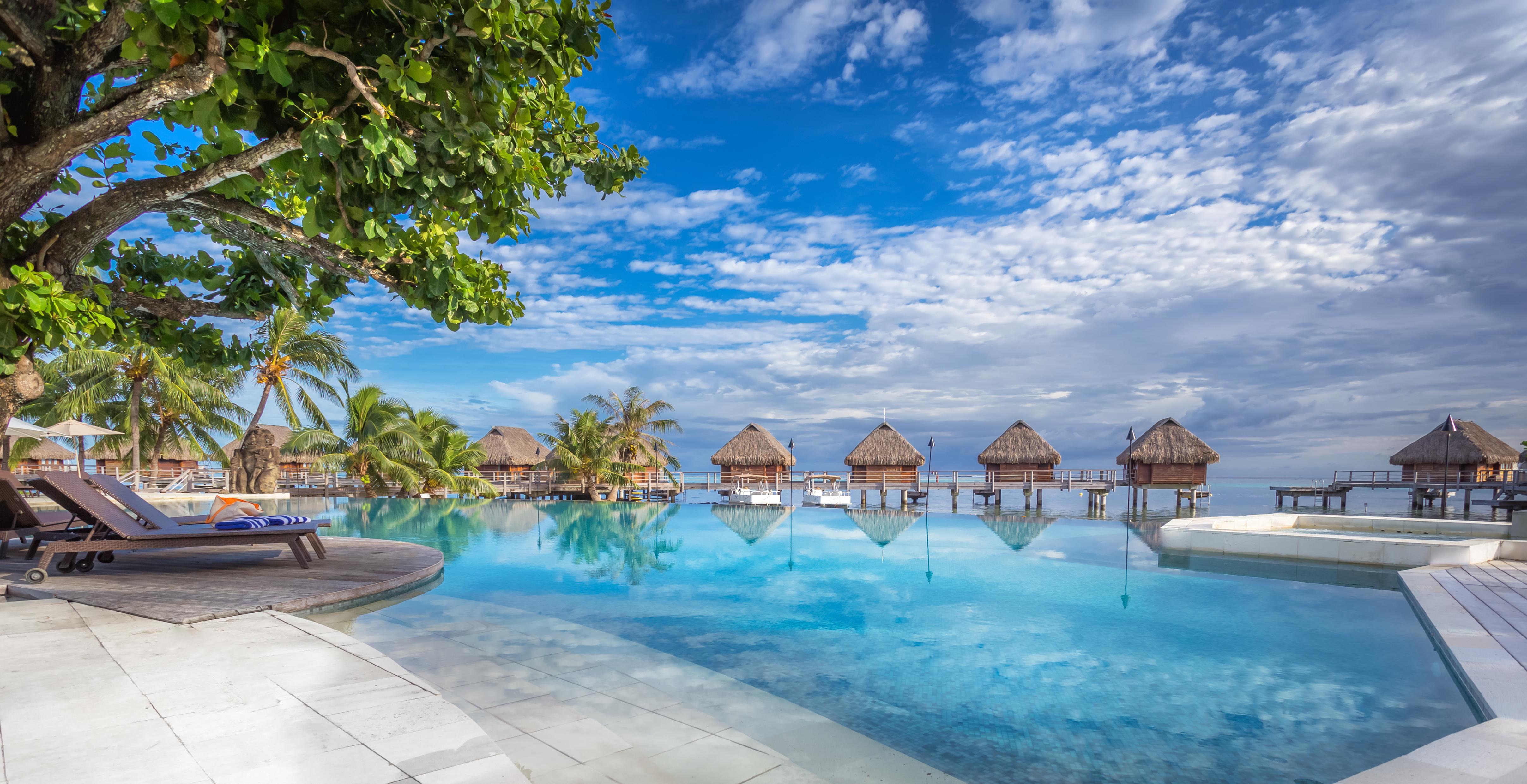 https://tahititourisme.fr/wp-content/uploads/2017/08/HEBERGEMENT-Manava-Beach-Resort-and-Spa-Moorea-1-Charles_Veronese.jpg