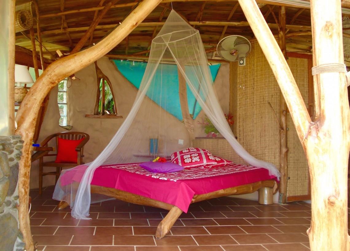 https://tahititourisme.fr/wp-content/uploads/2017/08/HEBERGEMENT-Vanira-Lodge-1.jpg