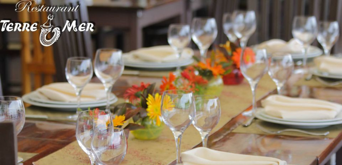 https://tahititourisme.fr/wp-content/uploads/2017/08/restaurantterremerphotodecouverture1140x550.png