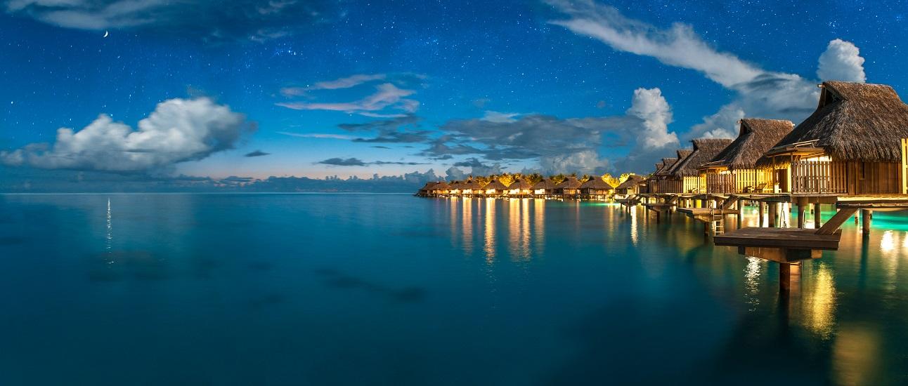 https://tahititourisme.fr/wp-content/uploads/2017/09/HERBERGEMENT-Conrad-Bora-Bora-Nui-2.jpg