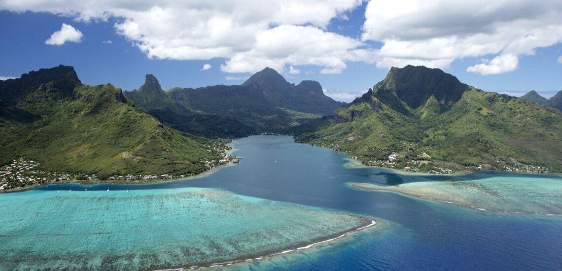 https://tahititourisme.fr/wp-content/uploads/2018/03/Combiné-nature-4-îles-de-la-société-TahitiMooreaTahaaMaupiti.jpg
