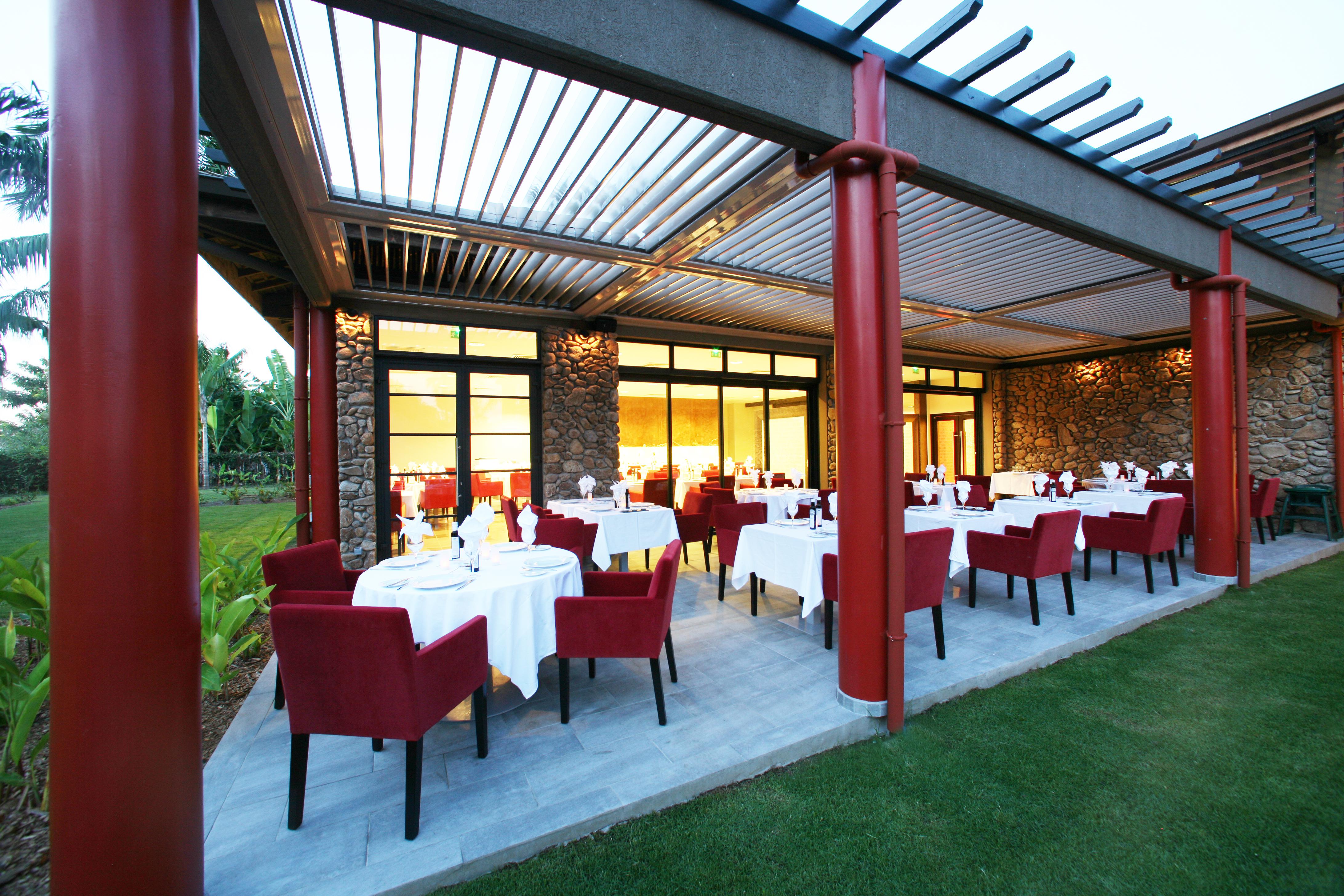 https://tahititourisme.fr/wp-content/uploads/2018/03/RESTAURATION-Vaitohi-Restaurant-1.jpg
