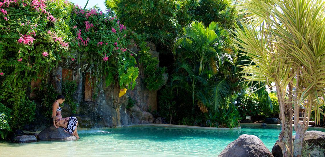 https://tahititourisme.fr/wp-content/uploads/2018/03/premiers-pas-en-Polynésie.jpg