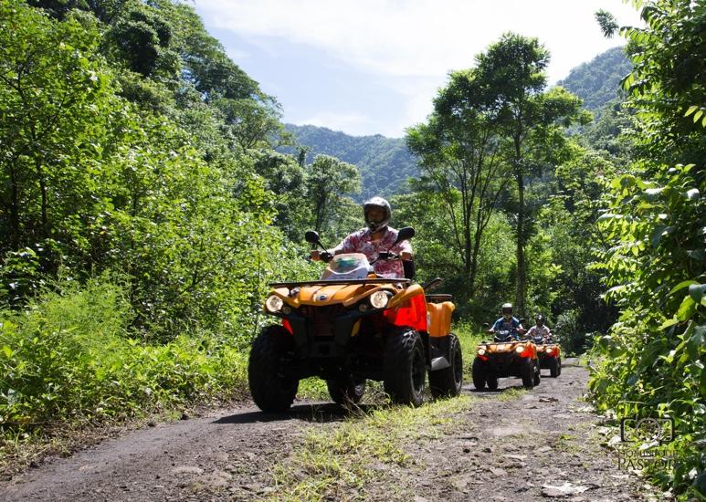 https://tahititourisme.fr/wp-content/uploads/2018/05/ACTIVITES-TERRESTRE-Vaihiria-Quad-Tahiti-2.jpg