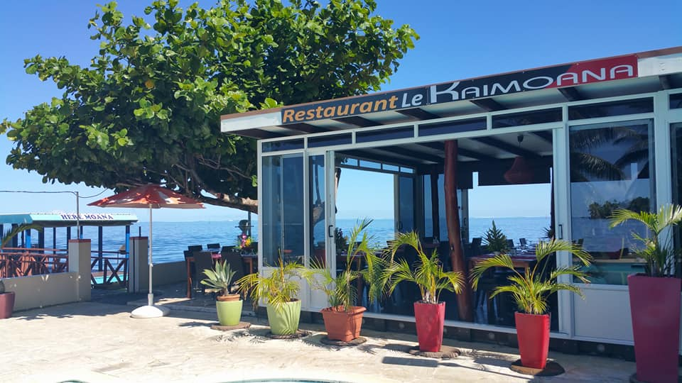 https://tahititourisme.fr/wp-content/uploads/2018/06/RESTAURATION-Le-Kaimoana-2.jpg