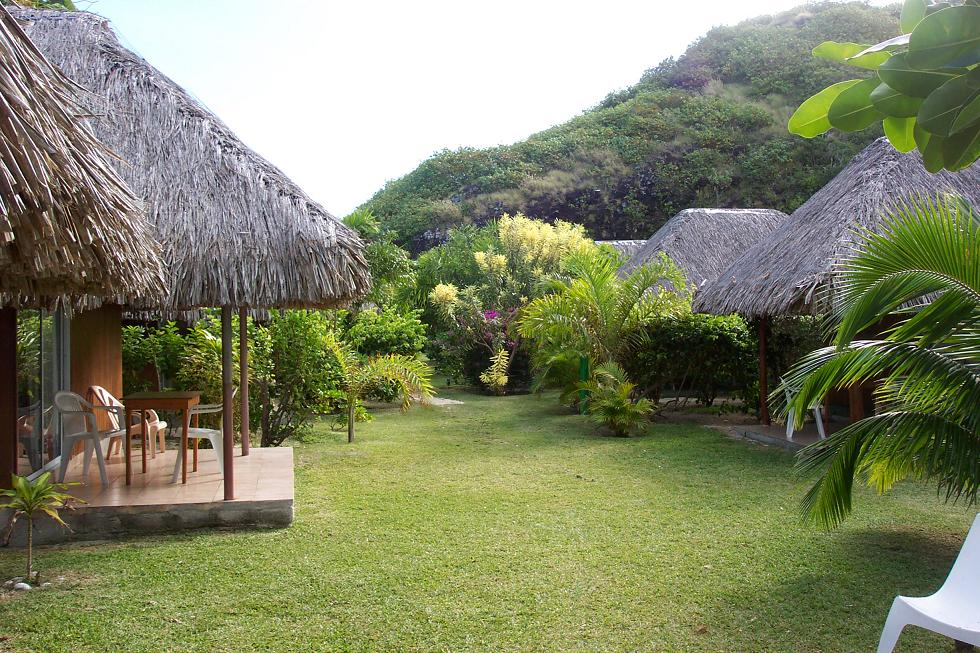 https://tahititourisme.fr/wp-content/uploads/2019/01/06-TEMANUATA-vue-densemble-côté-jardin.jpg