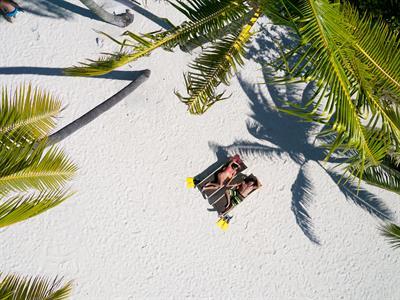 https://tahititourisme.fr/wp-content/uploads/2019/01/beach-bora-bora-pearl-beach-resort-spa.jpeg