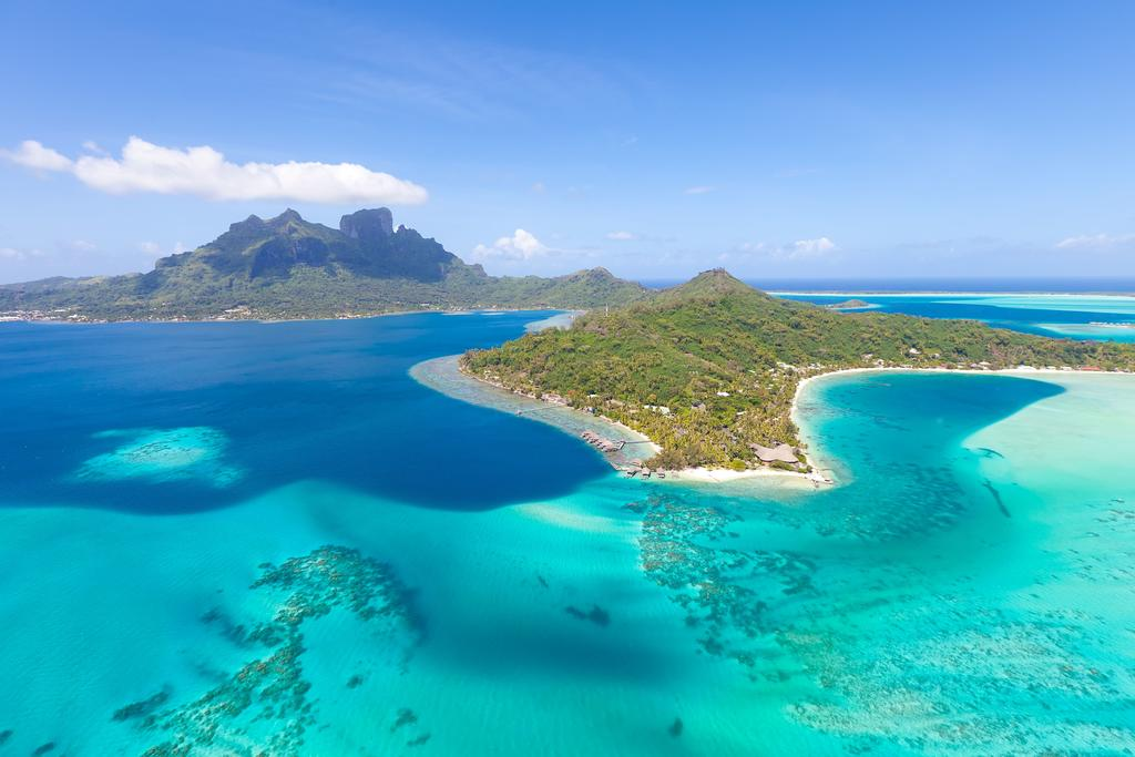 https://tahititourisme.fr/wp-content/uploads/2019/04/frenchpolynesiafromh_preview.jpg