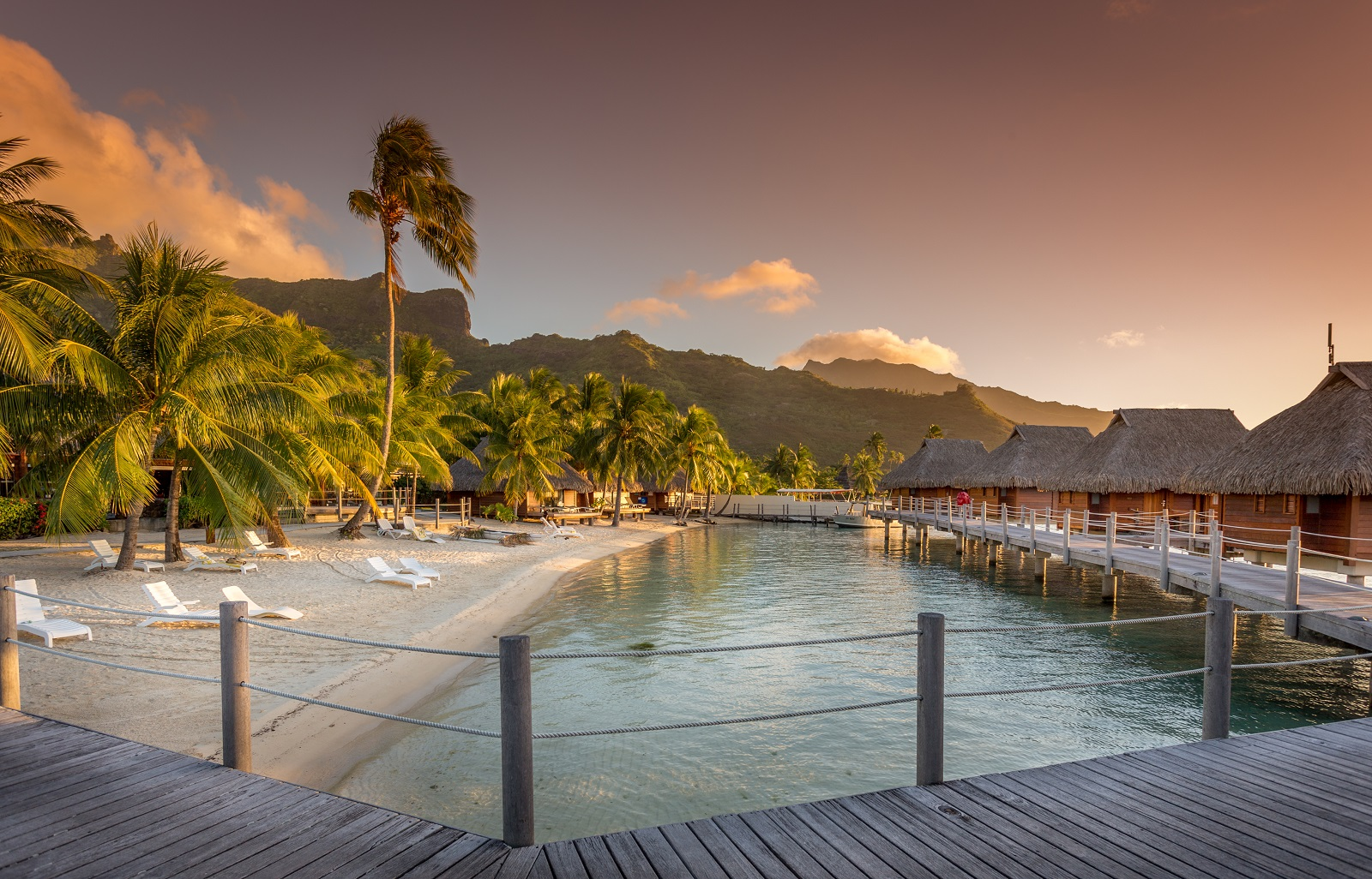 https://tahititourisme.fr/wp-content/uploads/2019/12/tiare_spirit_moorea_pearl_resort__spa.jpg