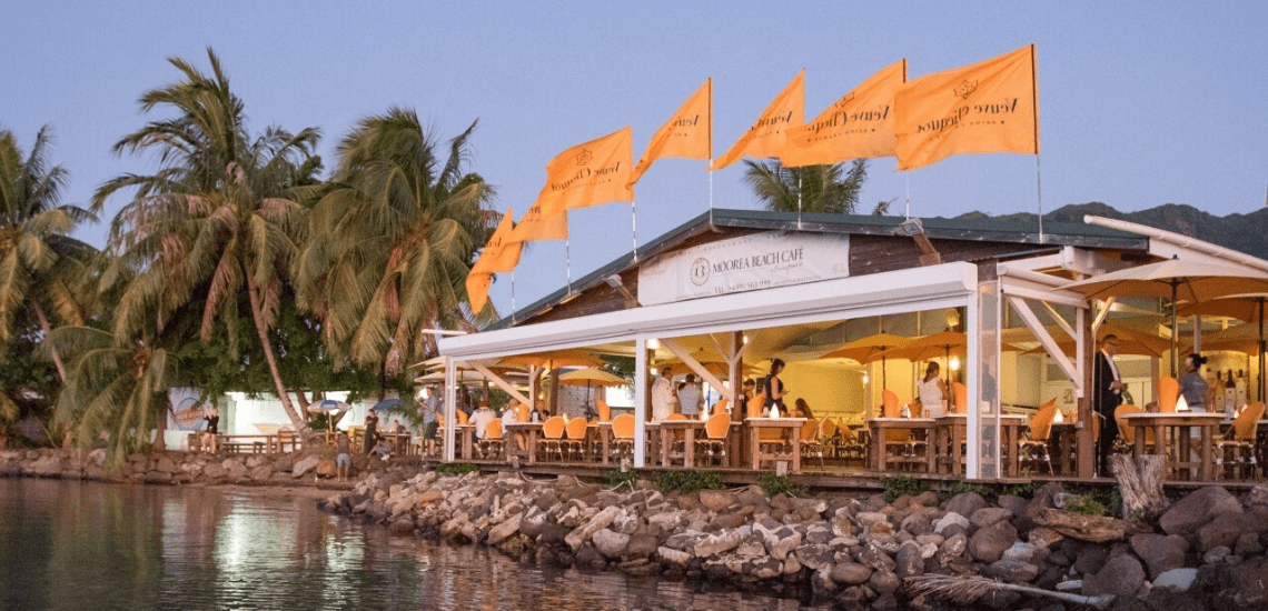 https://tahititourisme.fr/wp-content/uploads/2020/01/mooreabeachcafe_1140x550-min.png