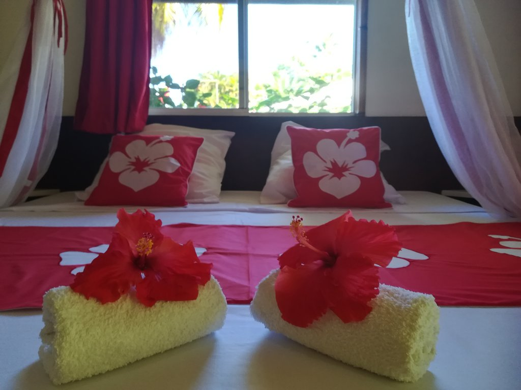 https://tahititourisme.fr/wp-content/uploads/2020/06/chambre-hibiscus-1.jpg