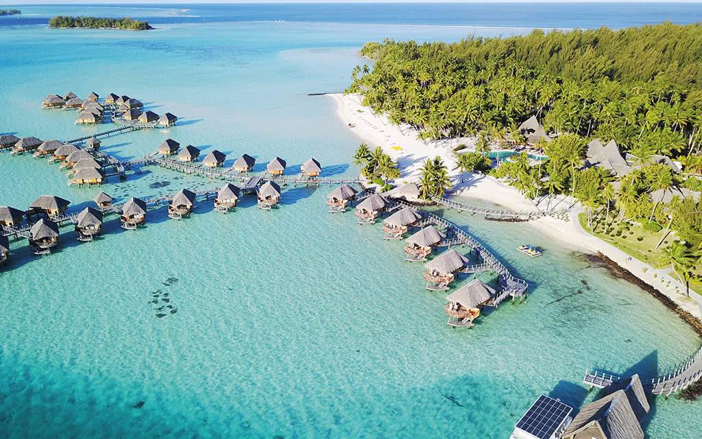 https://tahititourisme.fr/wp-content/uploads/2020/10/18-bbpbr-okeanos-pearl-soelcat-12-solar-electric-catamaran-12.jpg
