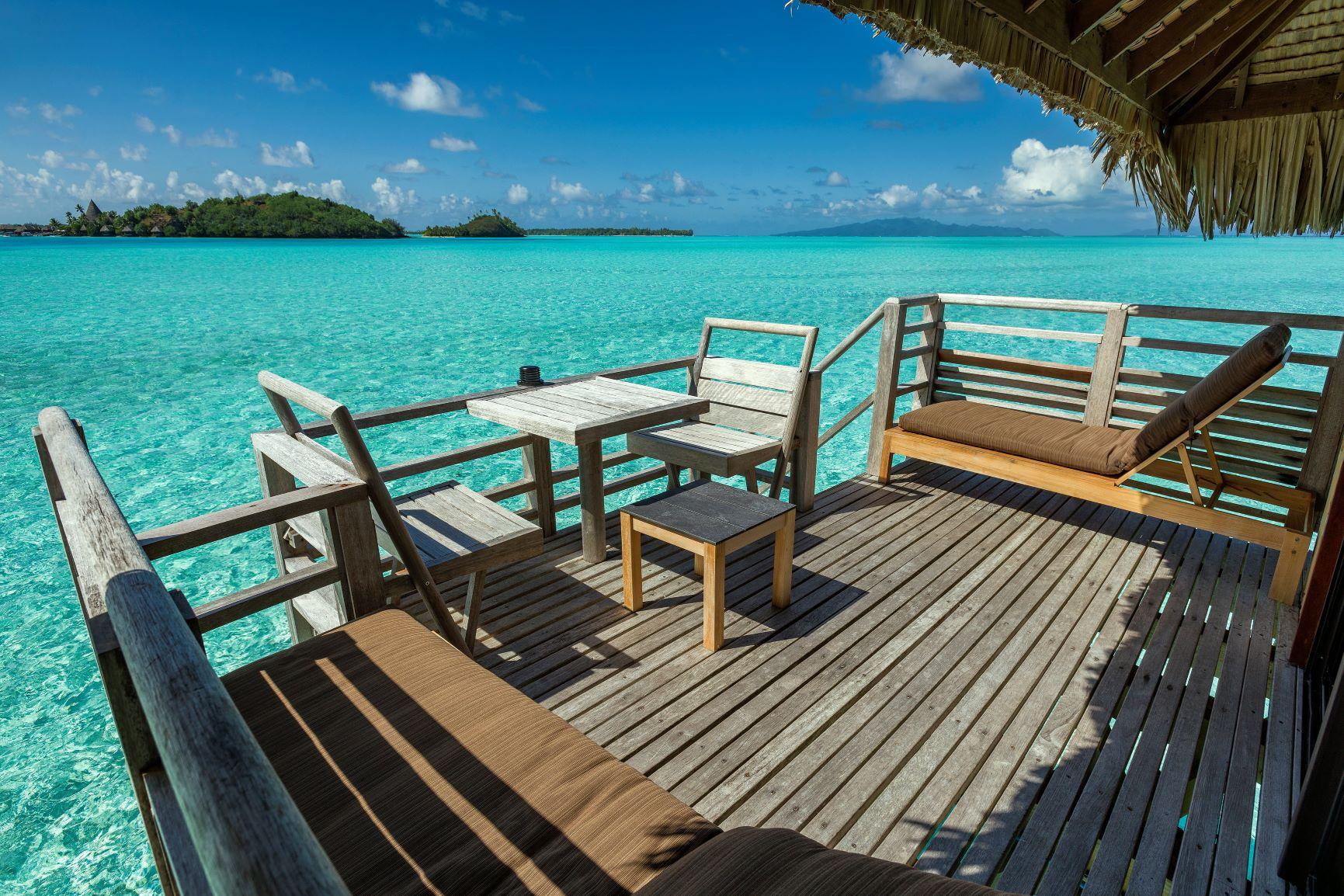 https://tahititourisme.fr/wp-content/uploads/2020/10/ic-moana-lagoon-overwater-bungalow_31044393017_o.jpg