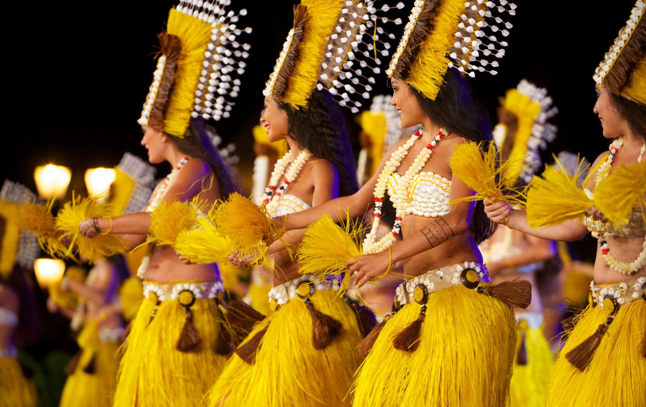 https://tahititourisme.fr/wp-content/uploads/2021/10/ic-tahiti-soires-merveilleuses_45748193702_o.jpg